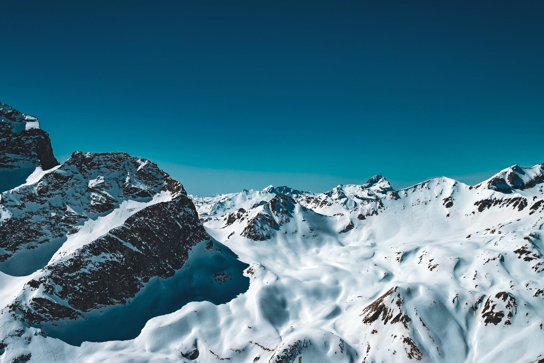 Bild mit Natur, Berge, Blauer Himmel, winterlandschaft, Landschaften im Winter, Schweiz, schweizeralpen