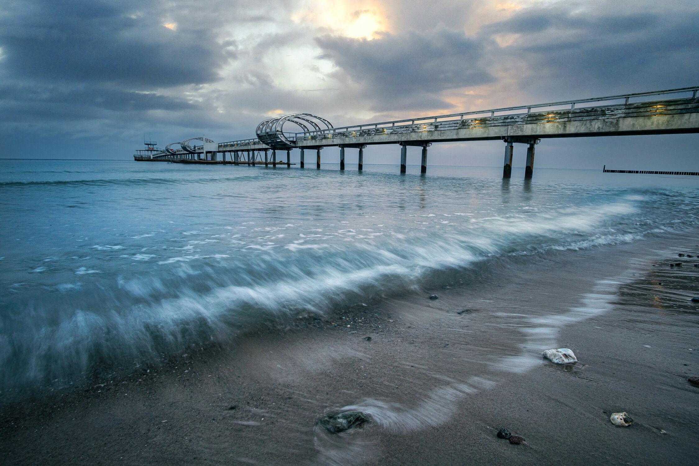Bild mit Meere, Wellen, Strand, Ostsee, Seebrücke, Seebrücke, Sonnenauf, untergänge, und, Seebrücke Kellenhusen