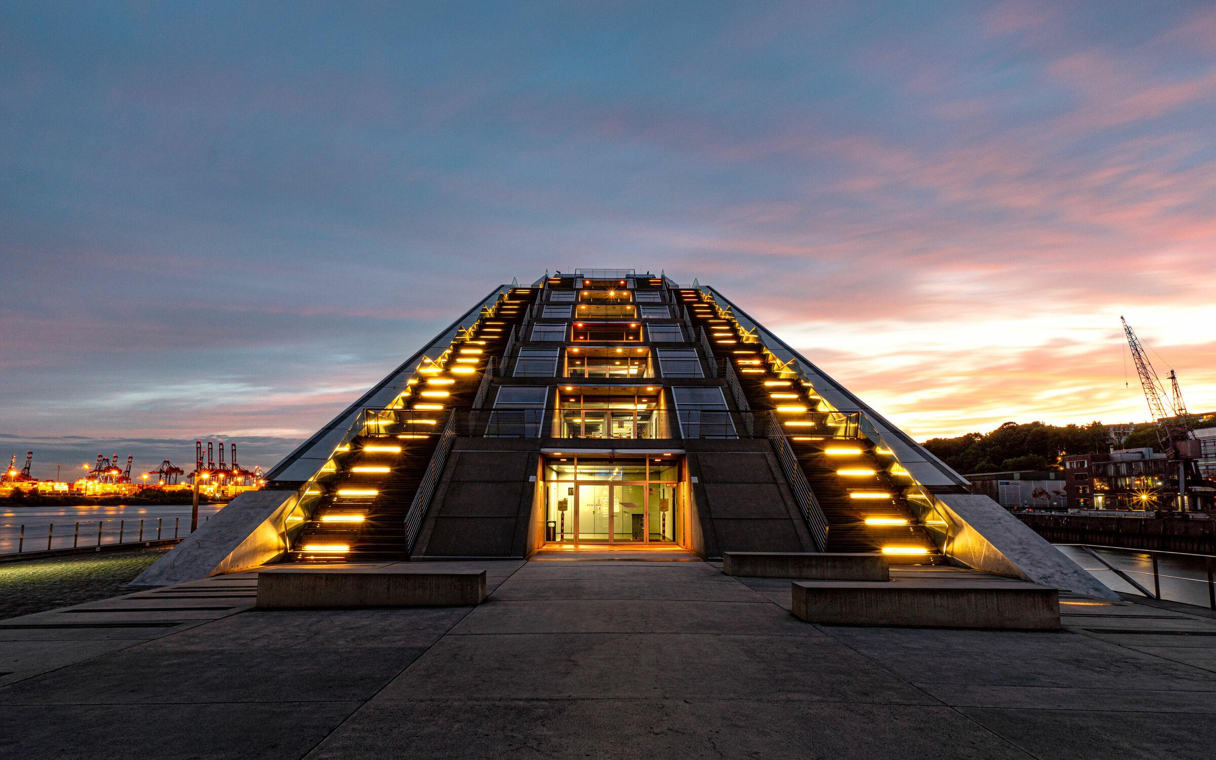 Bild mit Sonnenuntergang, Architektur, Abendrot, Häfen, Stadt, Hamburg, Dockland