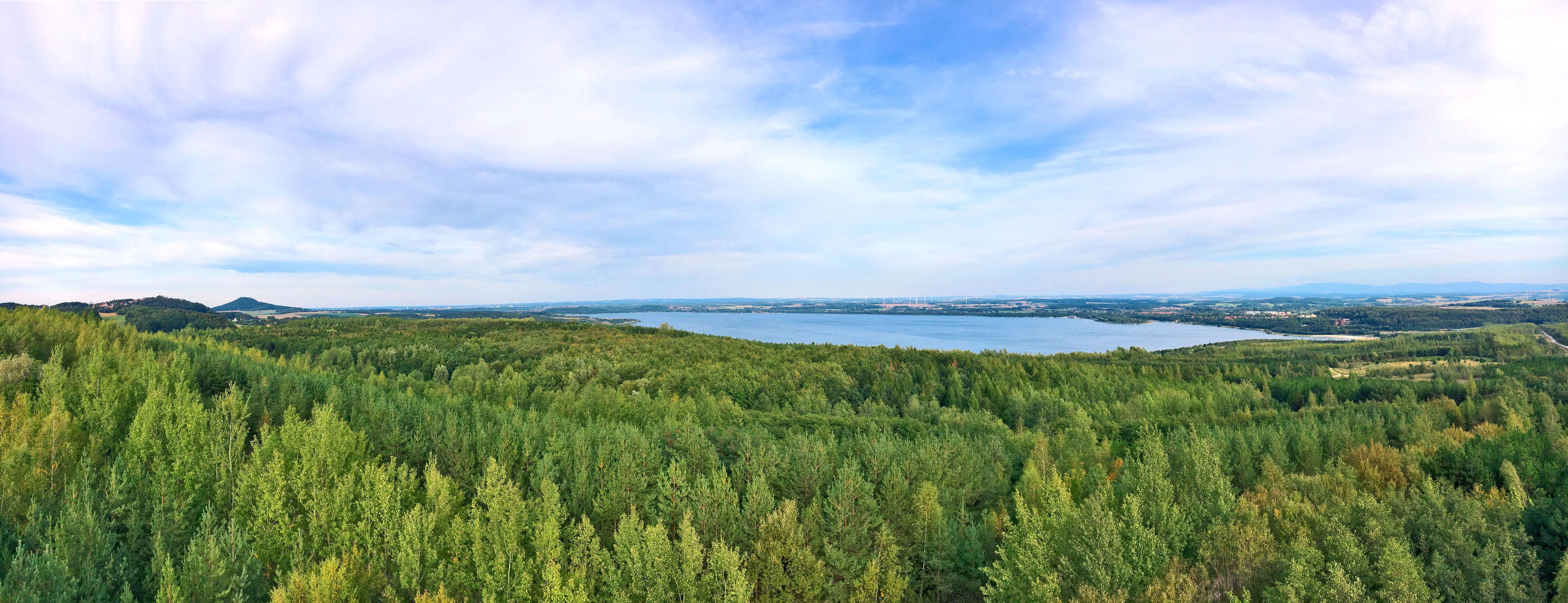 Bild mit Gewässer, Panorama, Landschaft, Seeblick, See, Görlitz, Berzdorfer See, landscape, Blick über den See, Landeskrone, Berzdorfersee, Seepanorama
