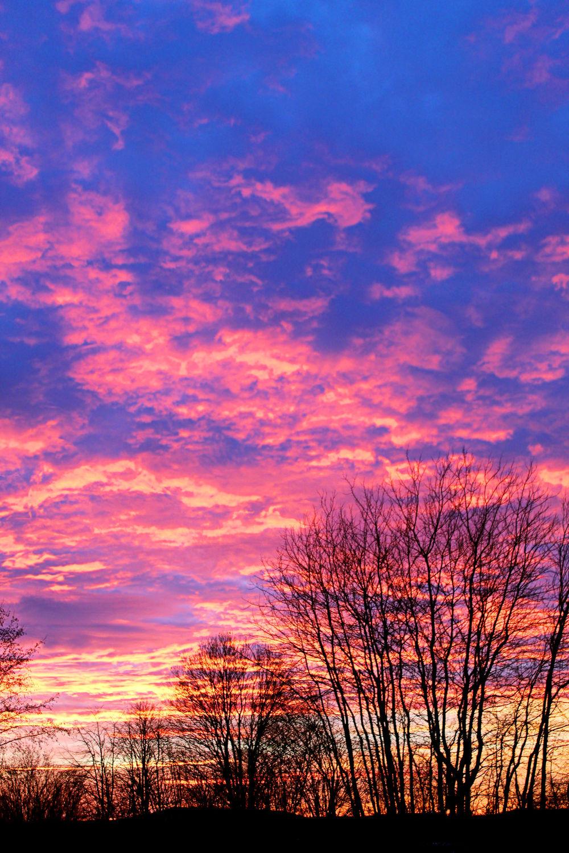 Bild mit Himmel, Wolken, Sonnenuntergang, Sonnenaufgang, Wolkenhimmel, Landschaft, Sunset, Sky, Wolken am Himmel