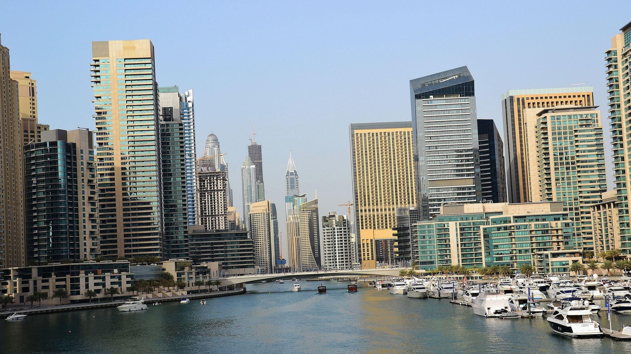 Bild mit Kunst, Architektur, Abstrakte Kunst, art, Skyline, wolkenkratzer, Hochhäuser, Dubai