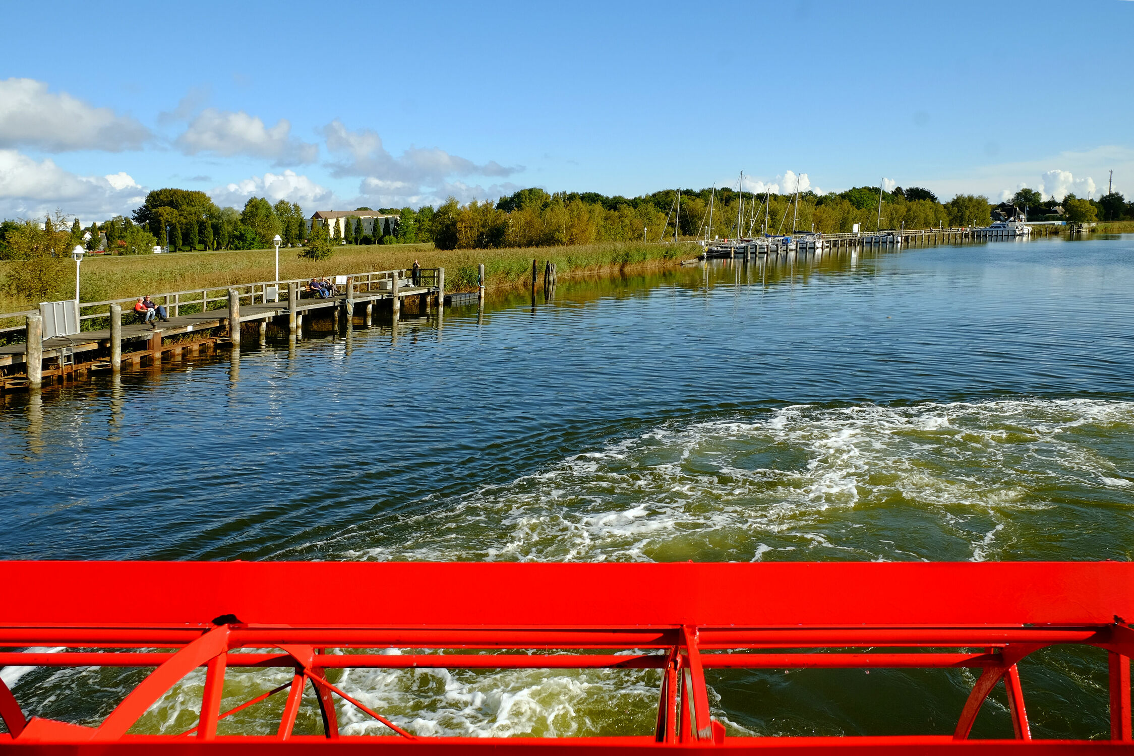Bild mit Gewässer, Seen, Ostsee, Meer, Ausspannen, Bodden, Zingst, Abendstimmung, Schaufelraddampfer