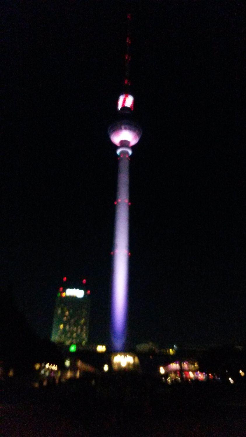 Bild mit Berlin, Berliner Fernsehturm, Sehenswürdigkeit, Sehenswürdigkeiten