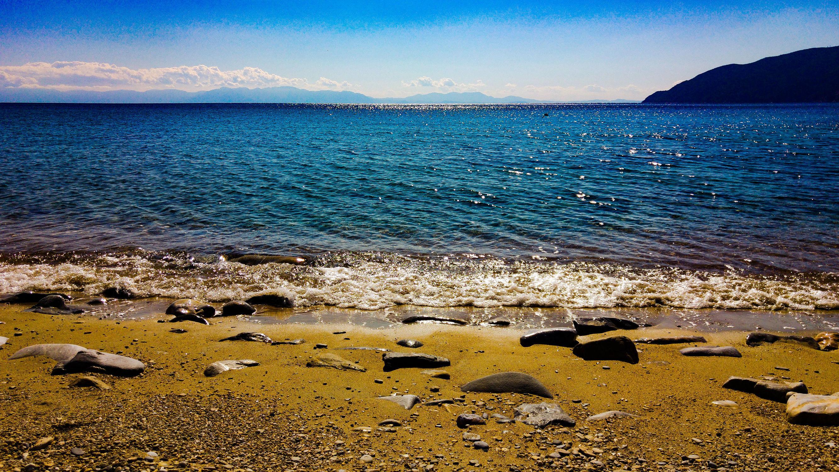 Bild mit Himmel, Urlaub, Blau, Strand, Meer, Steine, Ocean, blue, Griechenland, water, berge und meer, feeling