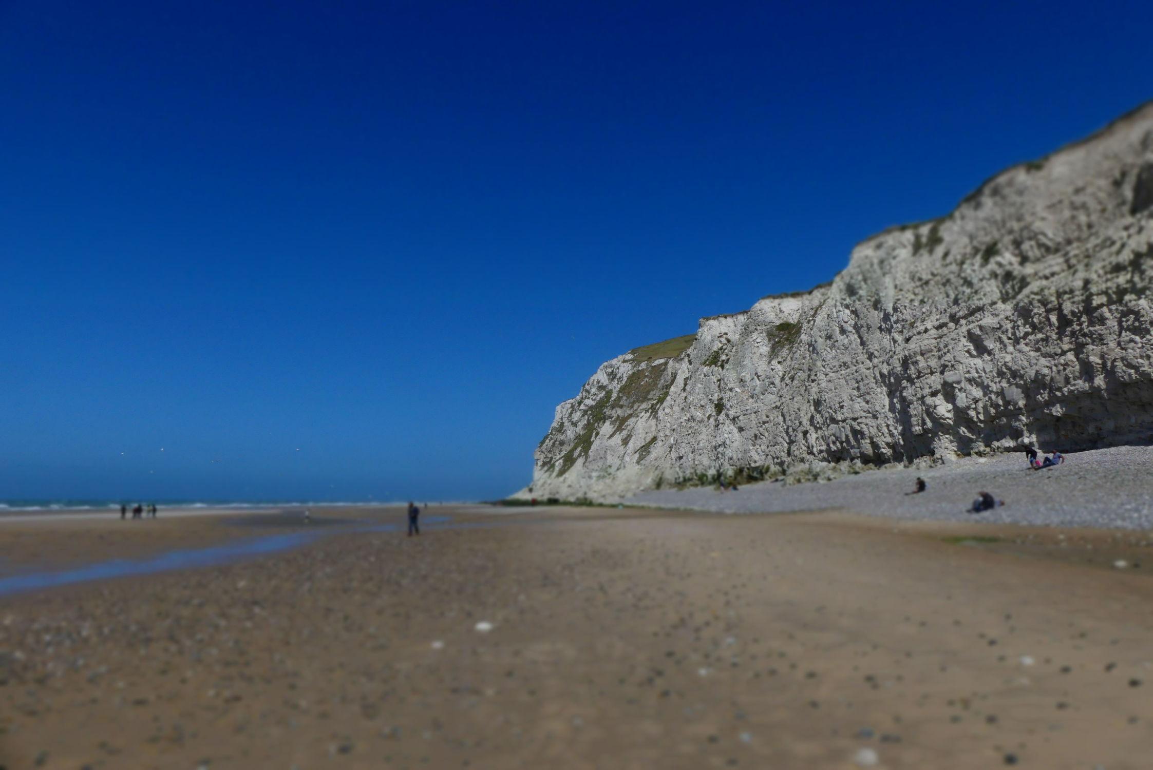 Bild mit Felsen, Frankreich, Meer, Blauer Himmel, Küste, Felsenküste