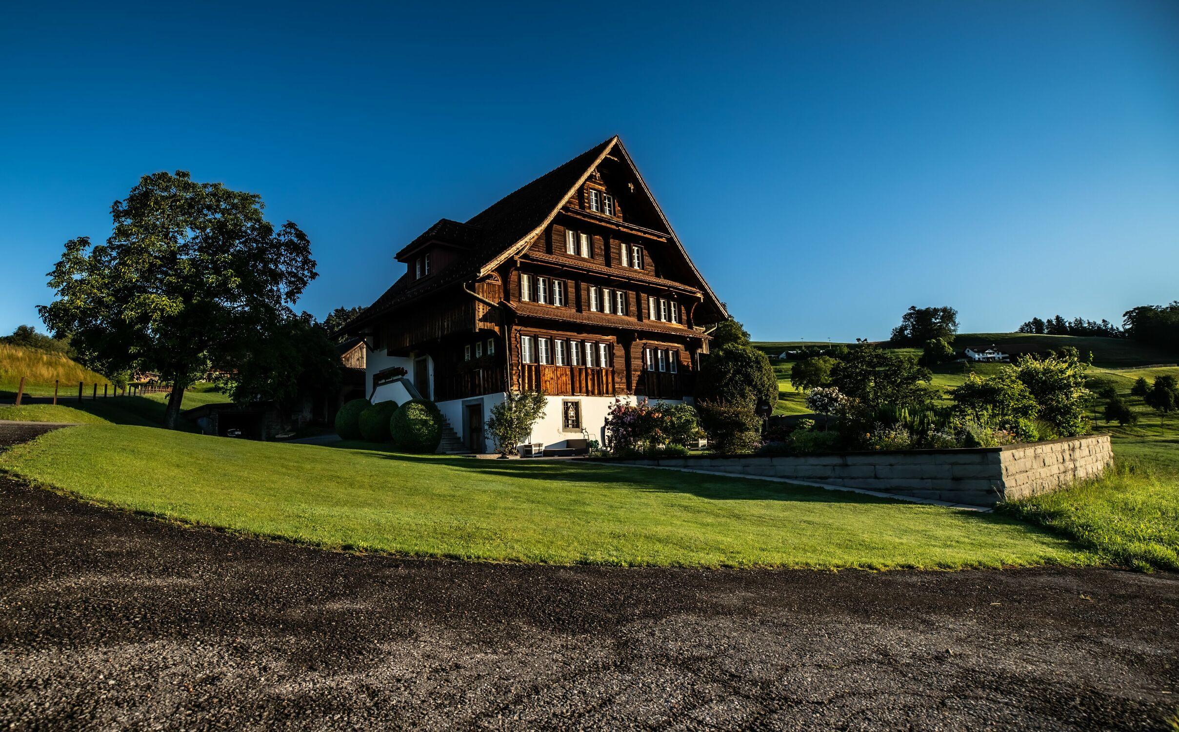 Bild mit Landschaften, Landschaft und Architektur, Bauernhaus