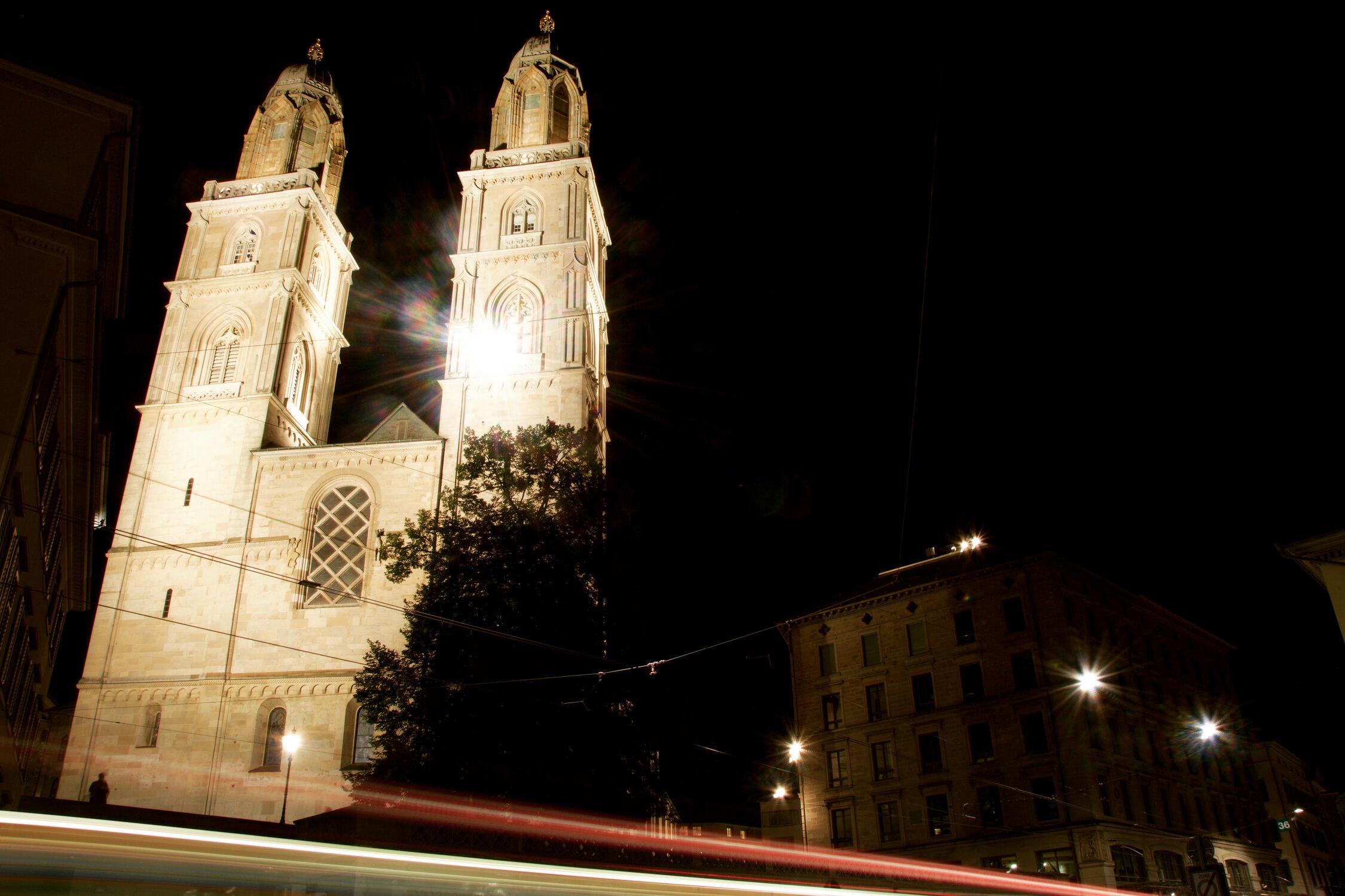 Bild mit Architektur, Stadt, Kirche, Langzeitbelichtung, Schweiz, Zürich