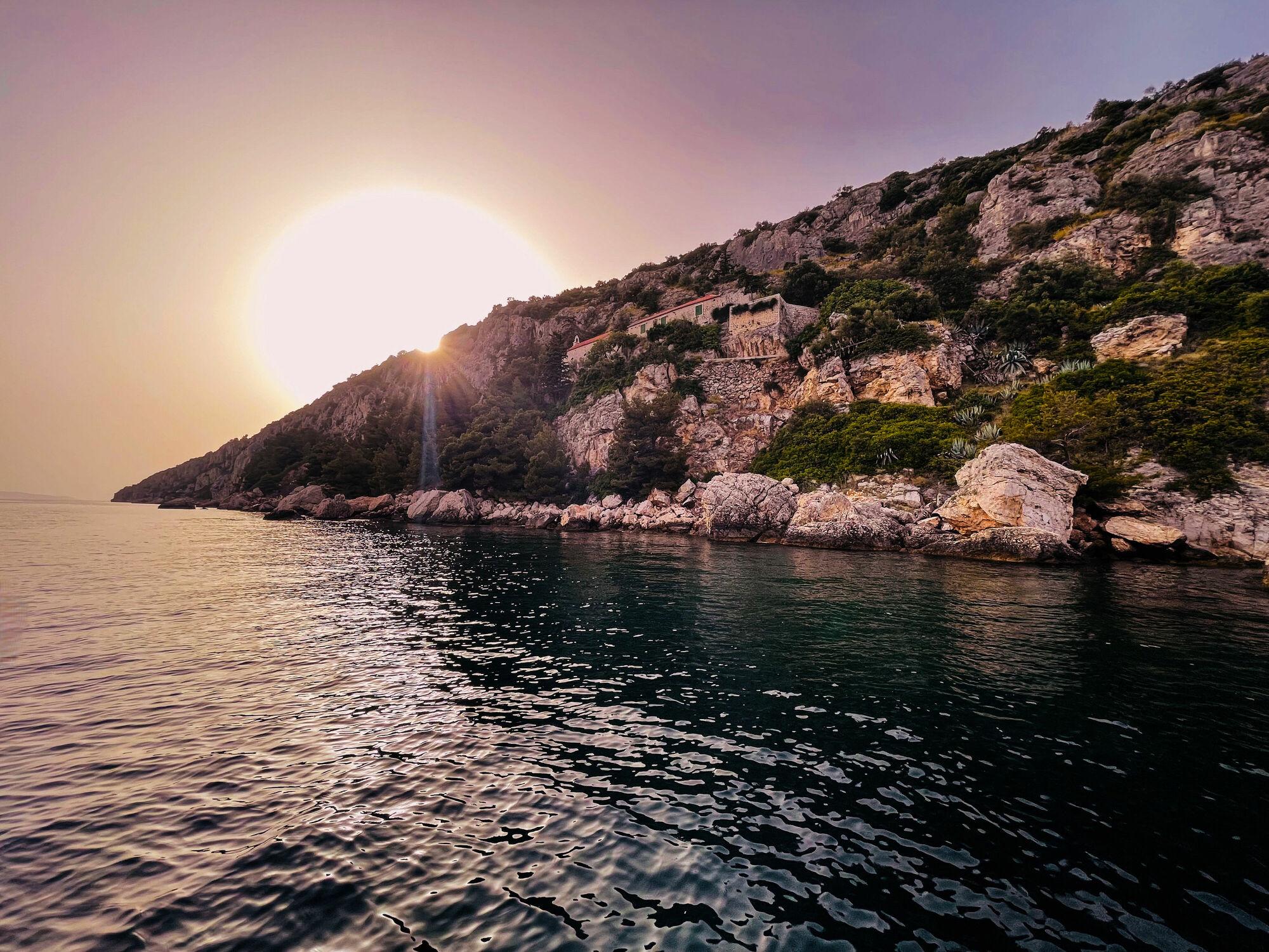 Bild mit Meere, Sonnenuntergang, Meerblick, Insel, Ferien, Ocean, Farbenspiel, sea, Holiday, kroatien