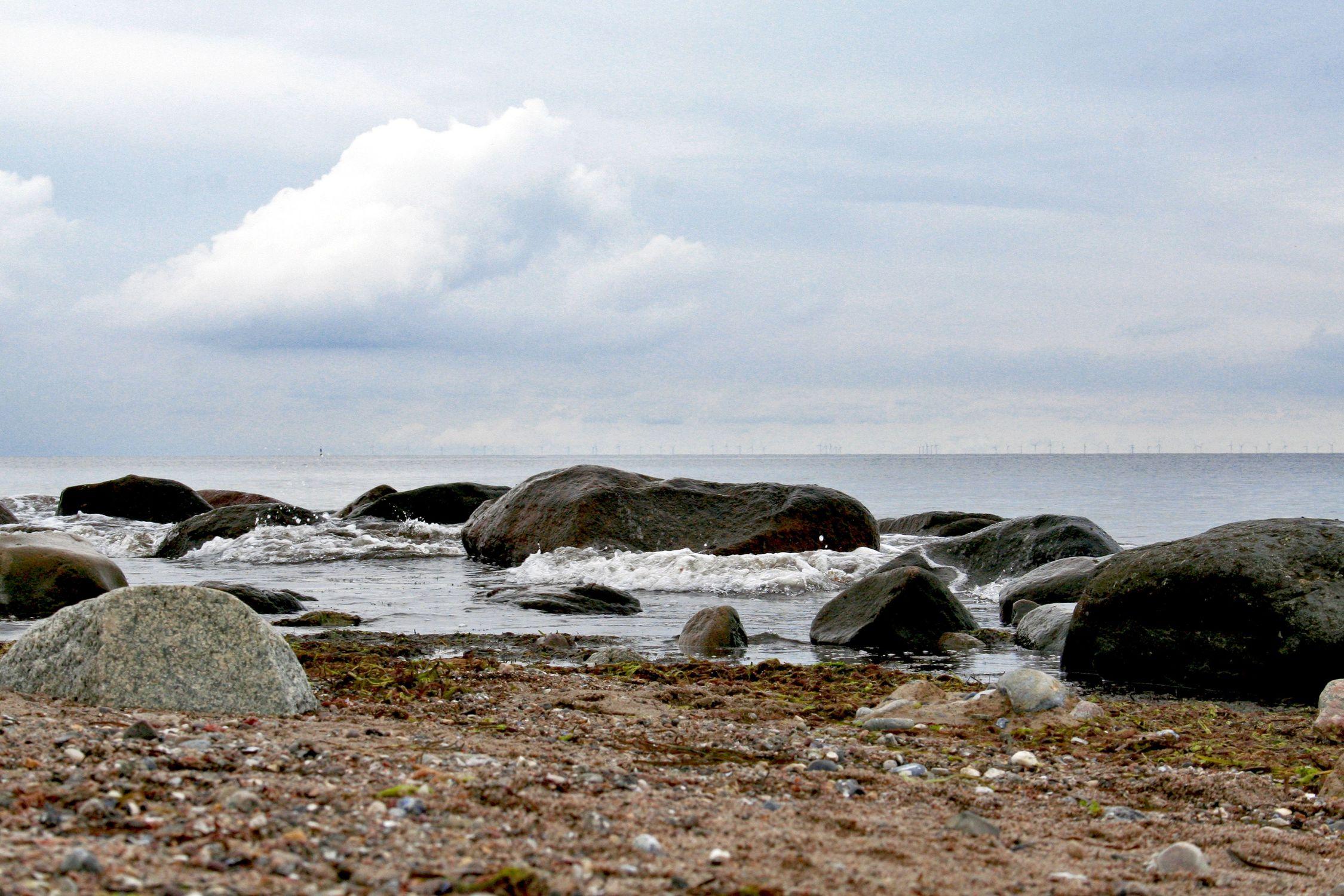 Bild mit Natur, Wasser, Landschaften, Himmel, Gewässer, Küsten und Ufer, Felsen, Meere, Strände, Brandung, Wellen, Buchten