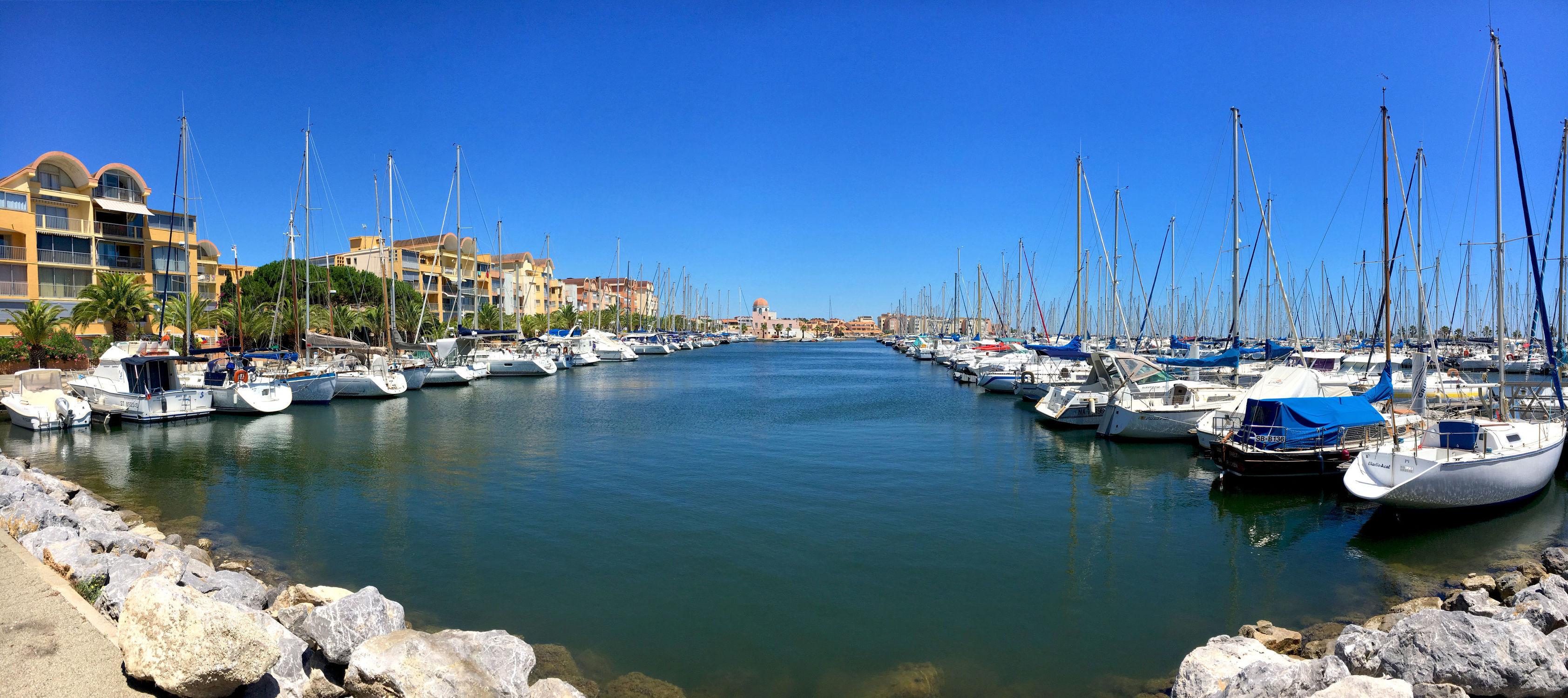 Bild mit Wasser, Gewässer, Segelboote, Häfen, Häfen, Frankreich, Meer, Gruissan Panorama, Gruissan, Yachthafen
