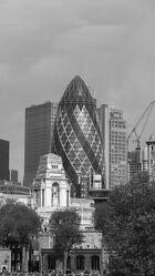 Bild mit London, Gurke, schwarz weiß