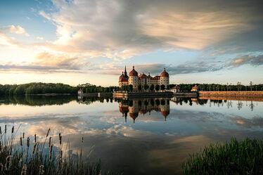 Bild mit Himmel, Wetter, Sonnenuntergang, Sonnenaufgang, Schloss, Landschaft, See, Spiegelung, Moritzburg