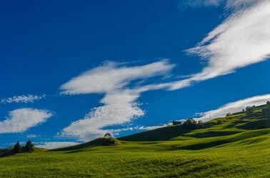 Bild mit Weiden und Wiesen, Wolkenhimmel, Landschaft, Landschaften & Natur