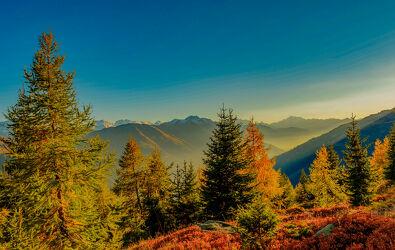 Bild mit Farben, Landschaften, Herbst, Alpen Panorama, Landschaften im Herbst