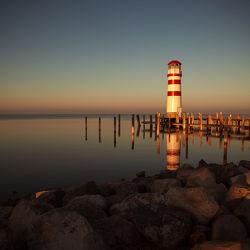 Bild mit Natur, Sonnenaufgang, Häfen, Leuchttürme, Meer, Nature, See, Leuchtturm, faro