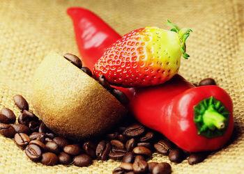 Bild mit Getränke, Kiwi, KITCHEN, KITCHEN, aroma, cafe, coffeetime, geröstet, Getränk, Heißgetränk, kaffee, kaffeebohne, kaffeebohnen, kaffeeduft, kaffeetasse, kaffeetassen, kaffezeit, tassen, ungemahlen, kaffe, Cappuccino, Mokka, Espresso, Küche, Küchen