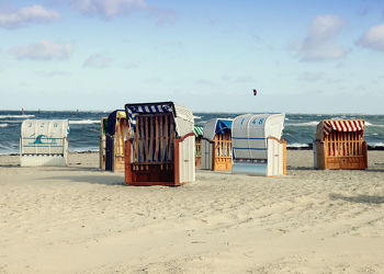 Bild mit Wasser, Strände, Urlaub, Strand, Strandkörbe, Ostsee, Meer, Strandkorb, See, Retro, Ostseebilder, VINTAGE, Ostseestrände, ddr