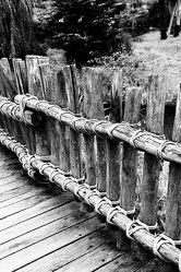 Bild mit Kunst, Holz, Brücke, Fotografie, schwarz weiß, Holzbrücke, SW