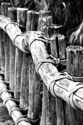 Bild mit Holz, Brücken, Brücke, SW Kunst Fotografie, schwarz weiß, Holzbrücke, SW, holzbrücken