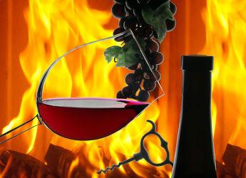 Bild mit Trinken, Feuer, Flammen, Weintrauben, Wein, getränk, Flaschenöffner, Kamin, rotwein, rotweinglas, weinflasche, flamme