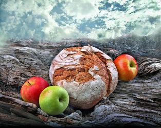 Bild mit Natur, Himmel, Wolken, Essen, Nahrung, Apfel, Apfel, Gebirge, Ernährung, brot