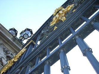 Bild mit Architektur, Gebäude, Städte, London, Sehenswürdigkeit, Stadt, City, Sehenswürdigkeiten, Tourismus, Stadtleben, Londoner Stadtleben, Buckingham Palace