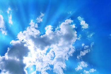 Strahlender Wolkenhimmel