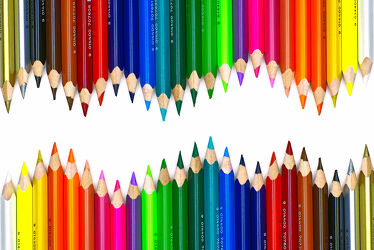 Bild mit Stift, Stifte, Buntstifte, Malstifte, Farbstifte, Zeichenstifte, Kinderzimmer, Holzstifte