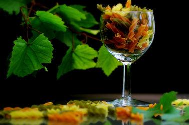 Tricolor Pasta Stillleben für die Küche
