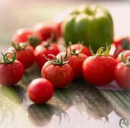 Bild mit Essen, Tomate, Food, Quadratisch, Küchenbilder, Stillleben & Objekte, GESUNDHEIT, GENUSS, Paprikas