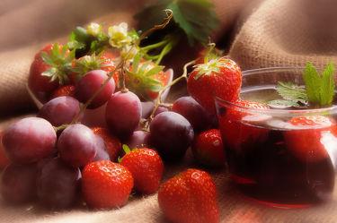 Frische Früchte Schorle