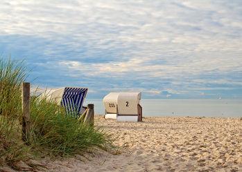 Bild mit Wasser, Gewässer, Strände, Urlaub, Strand, Strandkörbe, Ostsee, Meer, Strandkorb, Norddeutschland, ozean
