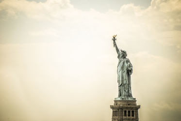 Bild mit New York, USA, VINTAGE, Vereinigte Staaten, Freiheitsstatue, statue of liberty, New York City, NYC