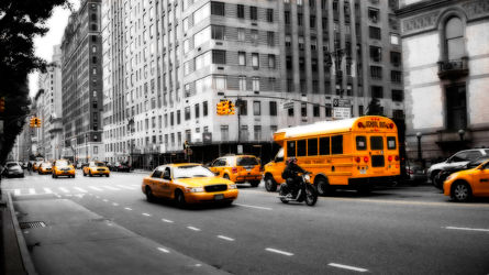 Bild mit Autos, Architektur, Straßen, Panorama, Stadt, clouds, Nature, urban, urban, New York, New York, New York, monochrom, City, Staedte und Architektur, USA, USA, schwarz weiß, hochhaus, wolkenkratzer, metropole, metropole, Straße, island, Hochhäuser, rainbow, SW, street, Manhattan, Manhattan, Brooklyn Bridge, Yellow cab, taxi, Taxis, New York City, NYC, NYC, Gelbe Taxis, yellow cabs, high tower, big apple, empire state building, one world trade center, skyscraper, skyscraper, birds view, high towers, rain, rainy, storm, thunder