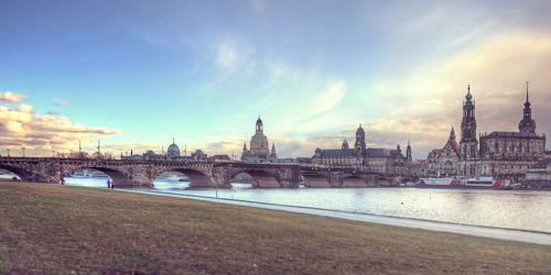 Bild mit Gebäude, Städte, Häuser, Brücken, Stadt, Dresden, Brücke, City, Skyline, Fluss, Elbe, Barock