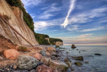 Bild mit Gewässer, Felsen, Meere, Stein, Strand, Ostsee, Meer, Steine, Gestein, Fels, Kreidefelsen