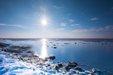 Bild mit Natur,Landschaften,Himmel,Winter,Winter,Schnee,Schnee,Eis,Strände,Strand,Meer,Weg,Landschaft,Weihnachten,winterlandschaft,winterlandschaft,Winterlandschaften,Am Meer,Winterbilder,Kälte,Frost,Frost,Winterbild,winterwunder