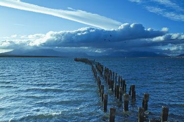 Bild mit Natur,Wasser,Wolken,Gewässer,Meere,Strände,Sonnenuntergang,Urlaub,Sonnenaufgang,Schiffe,Strand,Meerblick,Ostsee,Reisen,Strand & Meer,Abend am Meer,Reise,Wolke,Argentinien