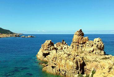 Felsen an der Costa Paradiso