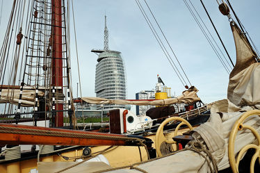 Bild mit Schiffe, Segel, Masten, Bremerhaven, Sail_In_Bremerhaven_2015