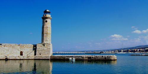 Bild mit Wasser,Schiffe,Häfen,Schiff,Meer,Stadt,Schiffe und Meer,Kreta,Leuchtturm,Sturmschutz