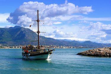 Bild mit Urlaub,Segelboot,Meer,Reise,Schiffe und Meer,Ausflug,Seefahrt,Seereise,Alanya,Türkei