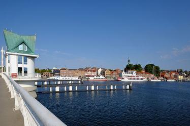 Bild mit Wasser, Städte, Schiffe, Häfen, Häfen, Ostsee, Schiff, boot, Boote, Stadt, Küste