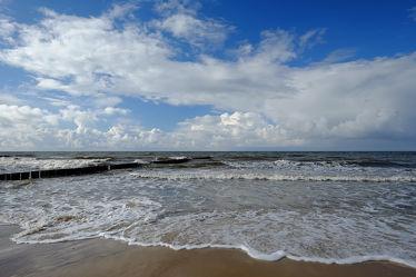 Bild mit Himmel, Wolken, Sonne, Strand, Ostsee, Küste, Strand / Meer, Wind, Ostseeküste