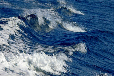 Bild mit Wasser, Gewässer, Meere, Wellen, Meer, ozean, Welle, Gischt, Ozeane