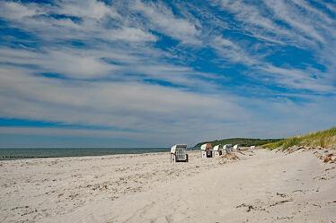 Bild mit Himmel, Wolken, Herbst, Urlaub, Strand, Ausspannen, Hiddensee, Relaxen