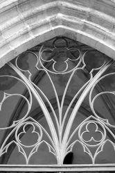Bild mit Kirche, Kirchengebäude, Fotografie, schwarz weiß, Gotik, Altar, Taufstein, Kirchenfenster, Kirchenorgel, Marienkirche, Torgau, Sakristei