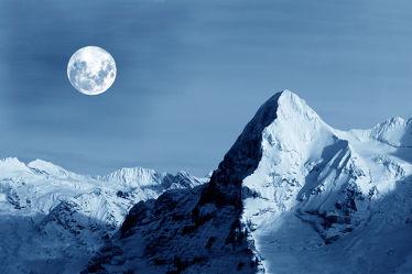 Vollmond am Eiger