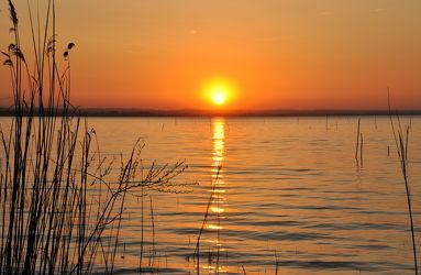 Bild mit Wasser, Gewässer, Meere, Sonnenuntergang, Italien, Sonnenaufgang, Meer, romantik, See, Am Meer, sea, ozean, Italy